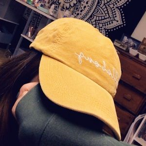 Mustard billabong surfer cap hat